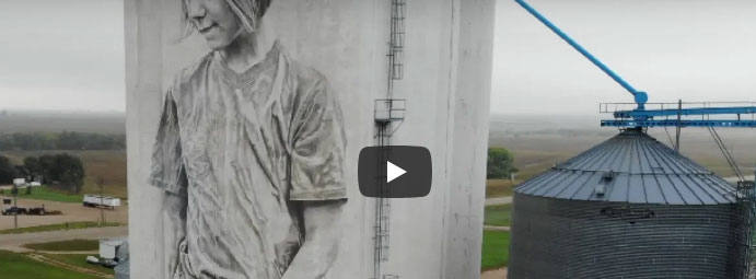 Thumbnail Image For Guido Van Helten | Mural Artist | Faulkton SD Silo Painting - Click Here To See